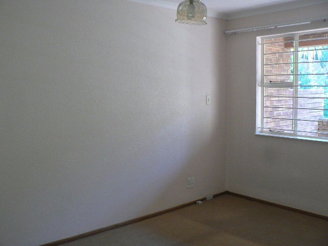 Northcliff property to rent. Ref No: 13391241. Picture no 13