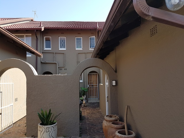 Fairland property to rent. Ref No: 13395809. Picture no 14