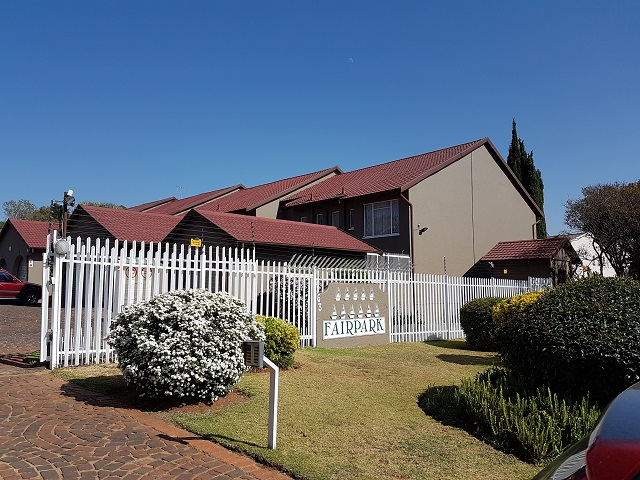 Fairland property to rent. Ref No: 13395809. Picture no 1