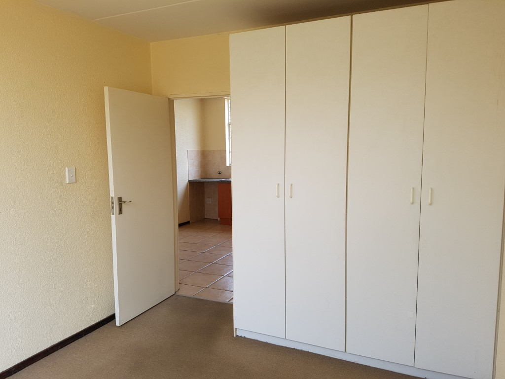 Honeydew property to rent. Ref No: 13397594. Picture no 12