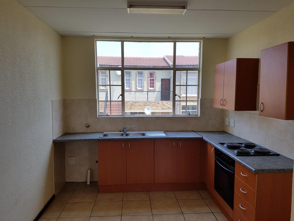 Honeydew property to rent. Ref No: 13397594. Picture no 9