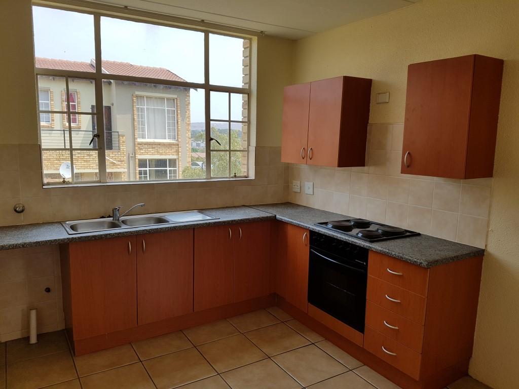 Honeydew property to rent. Ref No: 13397594. Picture no 10
