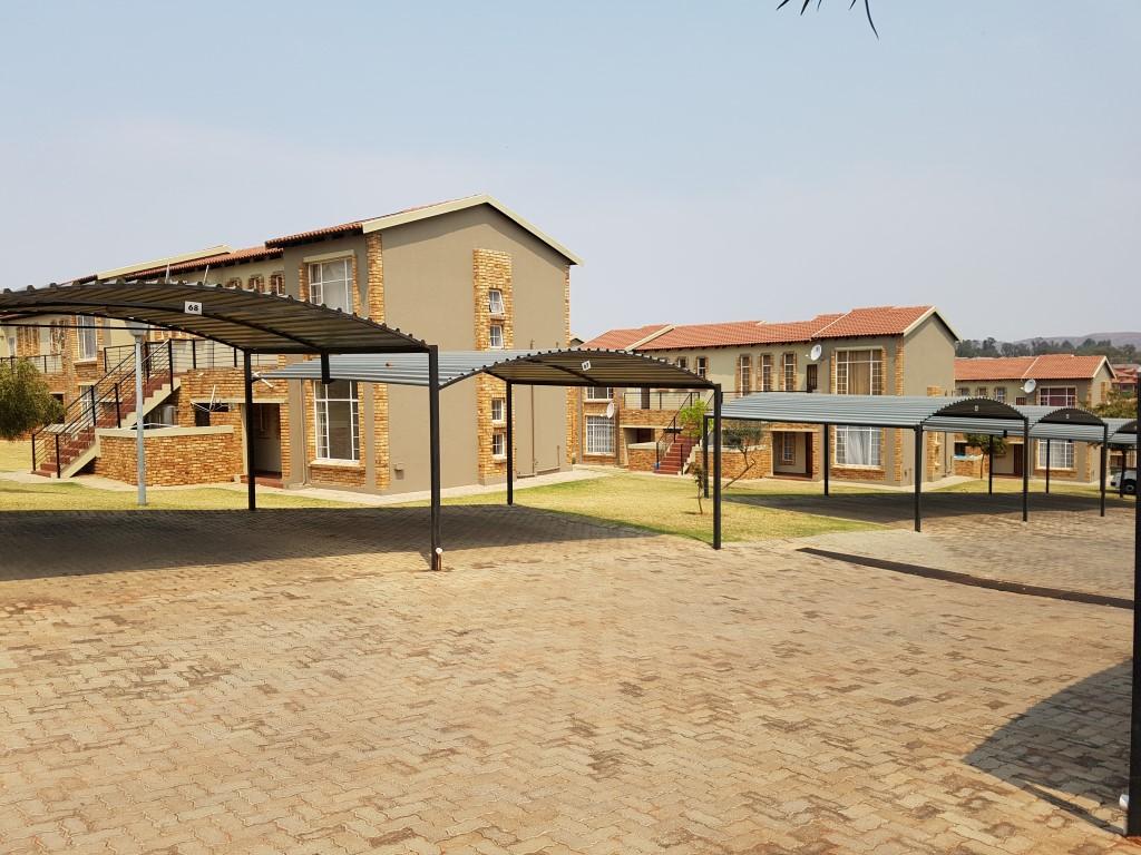 Honeydew property to rent. Ref No: 13397594. Picture no 2