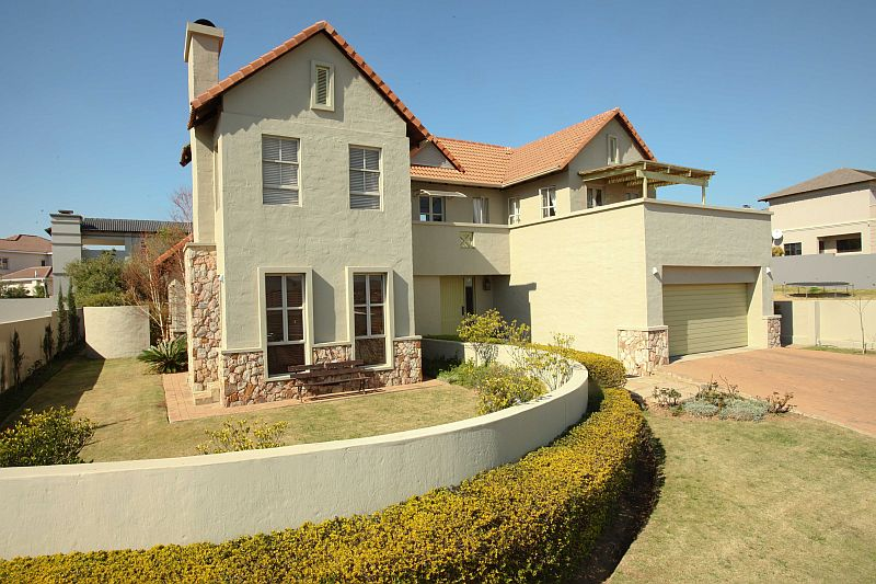Roodepoort, Eagle Canyon Golf Estate Property  | Houses To Rent Eagle Canyon Golf Estate, EAGLE CANYON GOLF ESTATE, House 3 bedrooms property to rent Price:, 31,00*