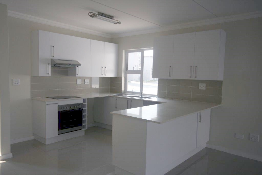 Eagle Canyon Golf Estate property to rent. Ref No: 13401006. Picture no 6