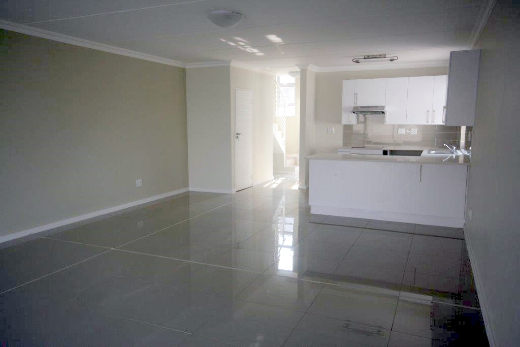 Eagle Canyon Golf Estate property to rent. Ref No: 13401006. Picture no 7