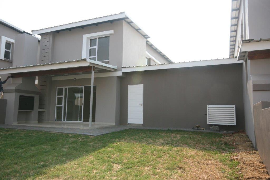 Eagle Canyon Golf Estate property to rent. Ref No: 13401006. Picture no 9