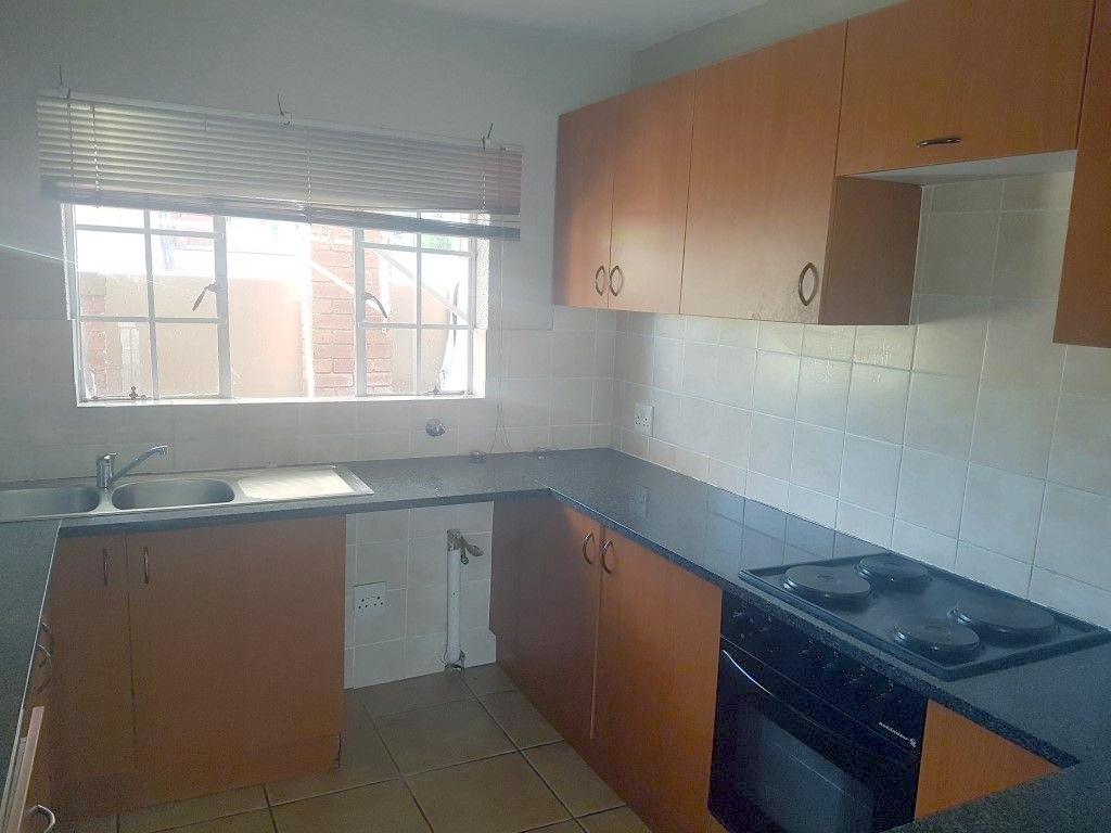 Honeydew property to rent. Ref No: 13400782. Picture no 8