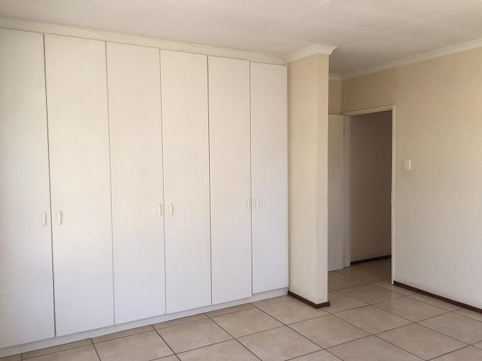 Broadacres property to rent. Ref No: 13395771. Picture no 8