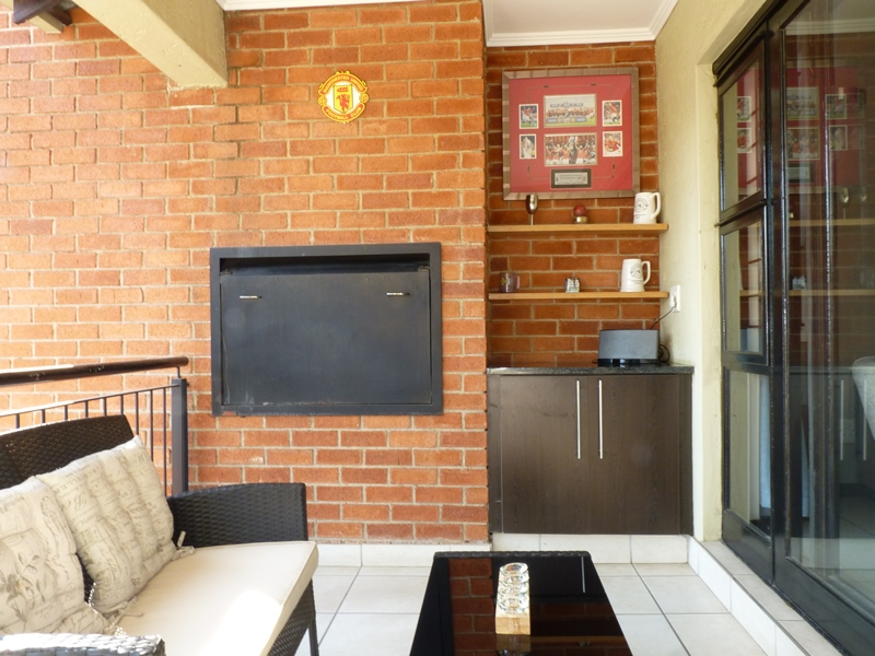 Douglasdale property to rent. Ref No: 13397584. Picture no 11