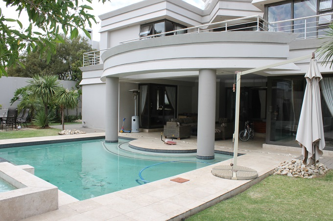 Dainfern Golf Estate property to rent. Ref No: 13397017. Picture no 14