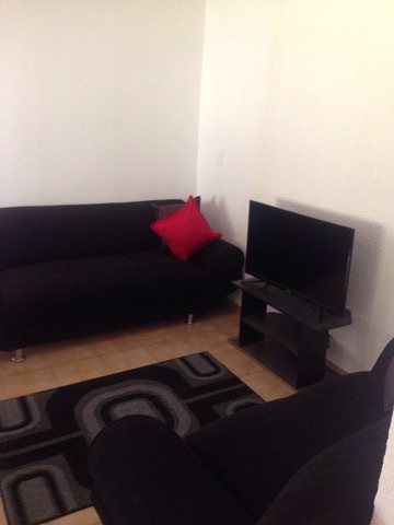 Beverley Gardens property to rent. Ref No: 13397492. Picture no 9