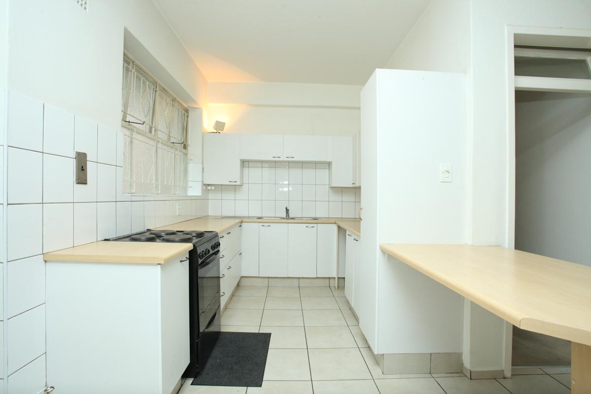 Illovo property to rent. Ref No: 13397977. Picture no 2
