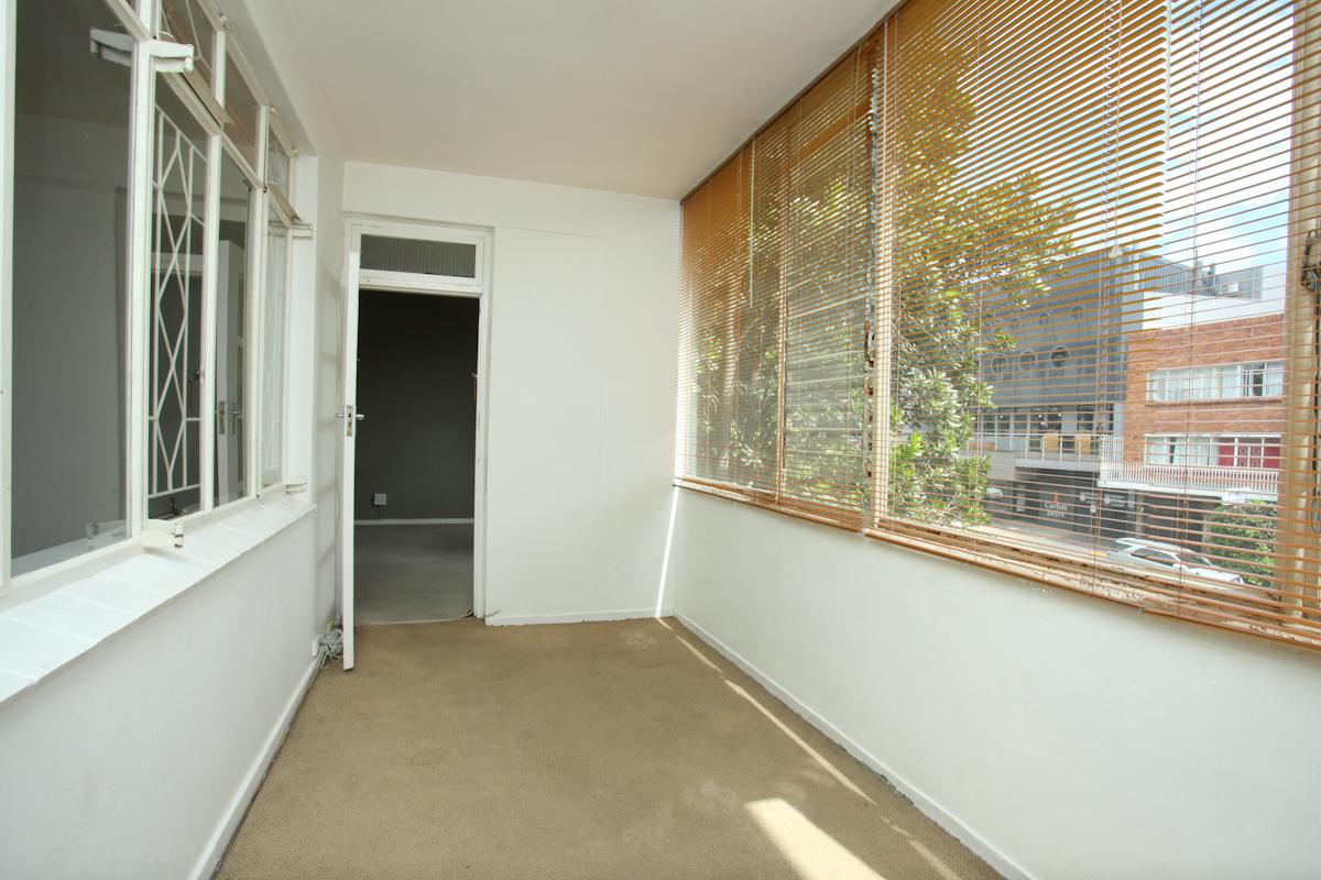 Illovo property to rent. Ref No: 13397977. Picture no 5