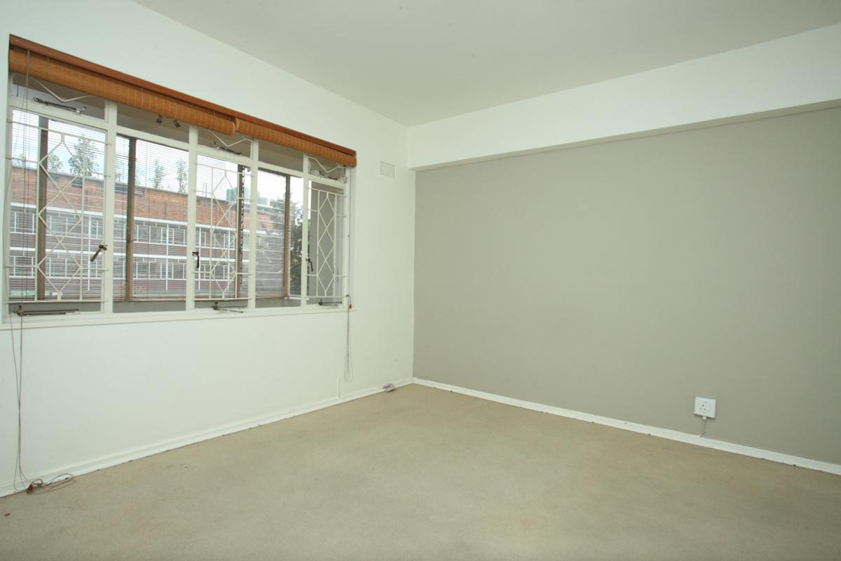 Illovo property to rent. Ref No: 13397977. Picture no 8