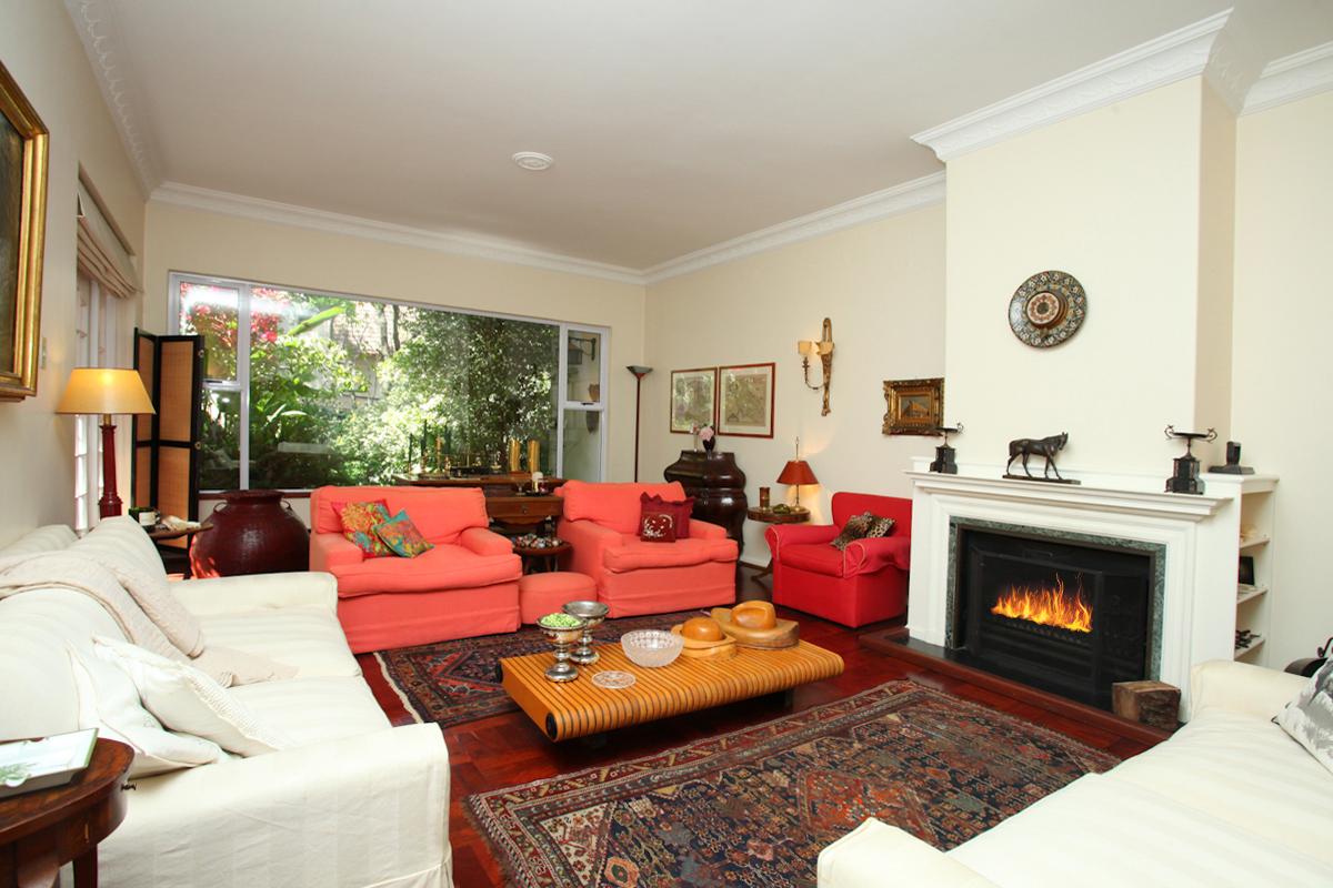 Sandown property to rent. Ref No: 13398222. Picture no 1