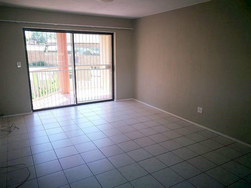 Weltevredenpark property to rent. Ref No: 13399946. Picture no 2