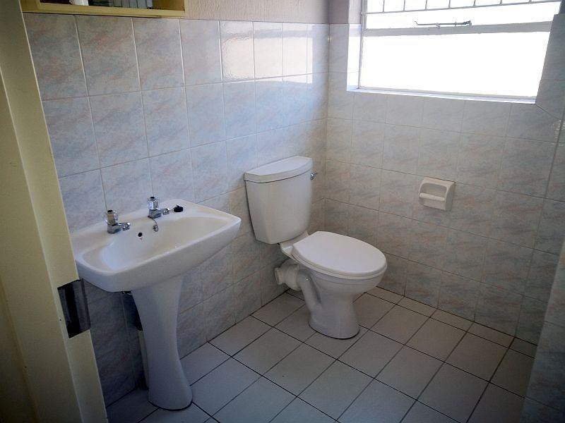 Weltevredenpark property to rent. Ref No: 13399946. Picture no 6