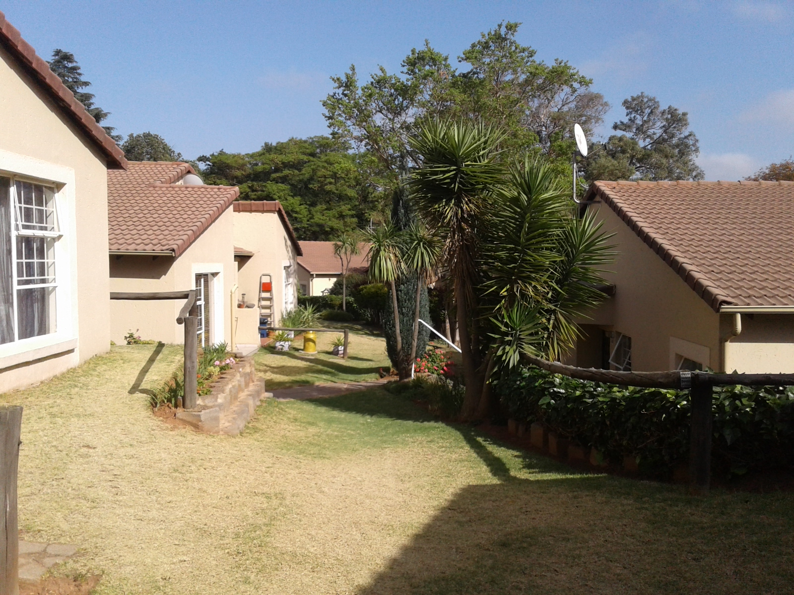 Carenvale property to rent. Ref No: 13401113. Picture no 6