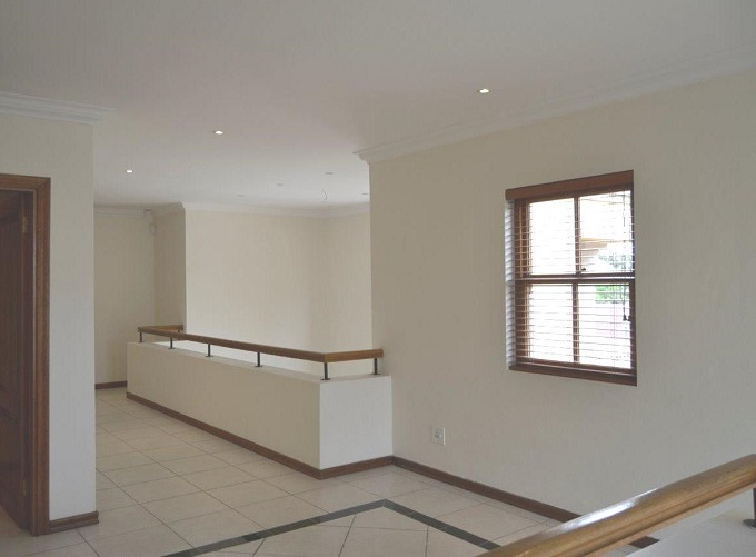 Dainfern Golf Estate property to rent. Ref No: 13401460. Picture no 11