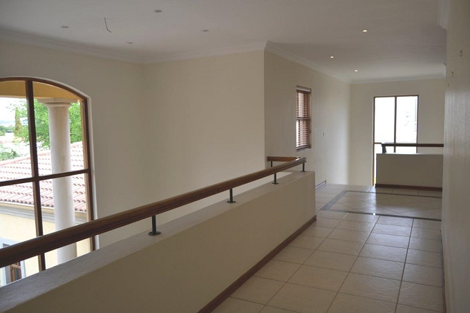 Dainfern Golf Estate property to rent. Ref No: 13401460. Picture no 12