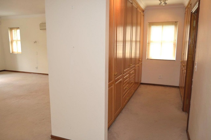Dainfern Golf Estate property to rent. Ref No: 13401460. Picture no 15