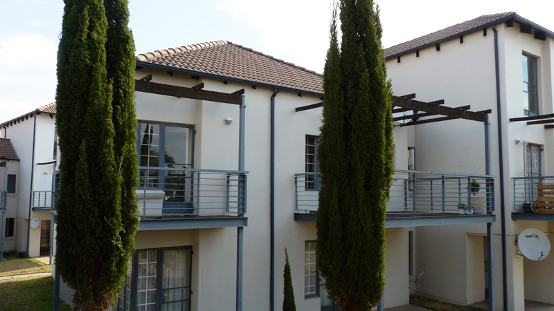Douglasdale property to rent. Ref No: 13401764. Picture no 1