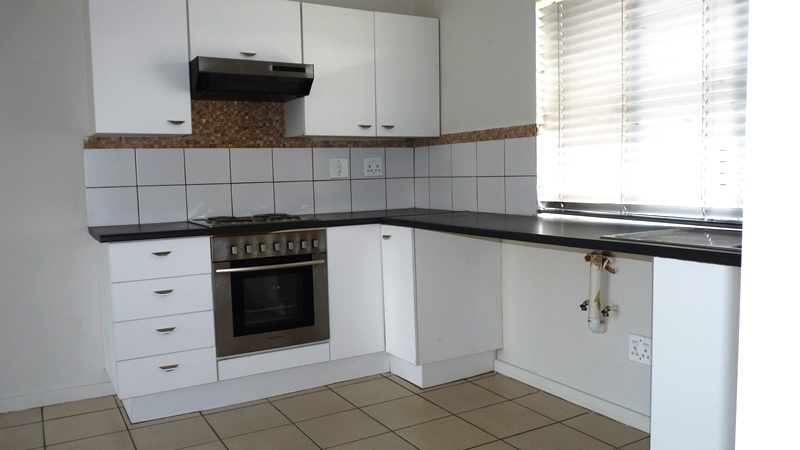Douglasdale property to rent. Ref No: 13401764. Picture no 7