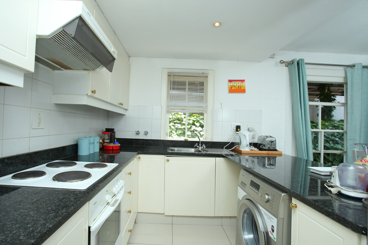 Sandown property to rent. Ref No: 13402237. Picture no 4