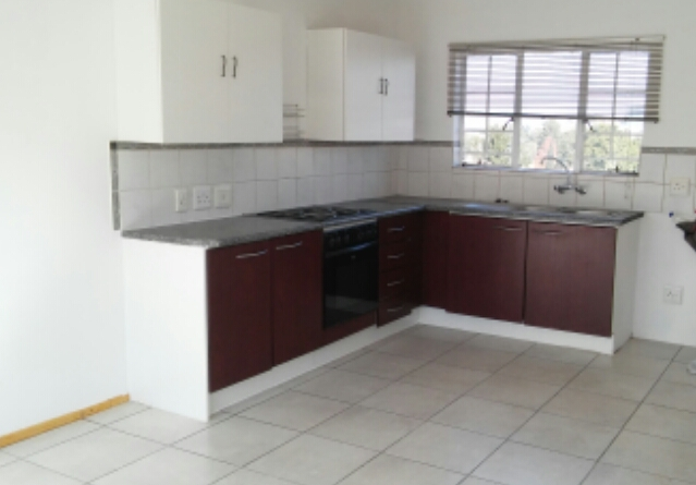 Krugersdorp, Kenmare Property    Houses To Rent Kenmare, Kenmare, Townhouse 1 bedrooms property to rent Price:,  3,00*