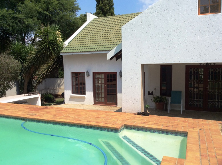 Randburg, Olivedale Property  | Houses To Rent Olivedale, OLIVEDALE, House 4 bedrooms property to rent Price:, 17,00*
