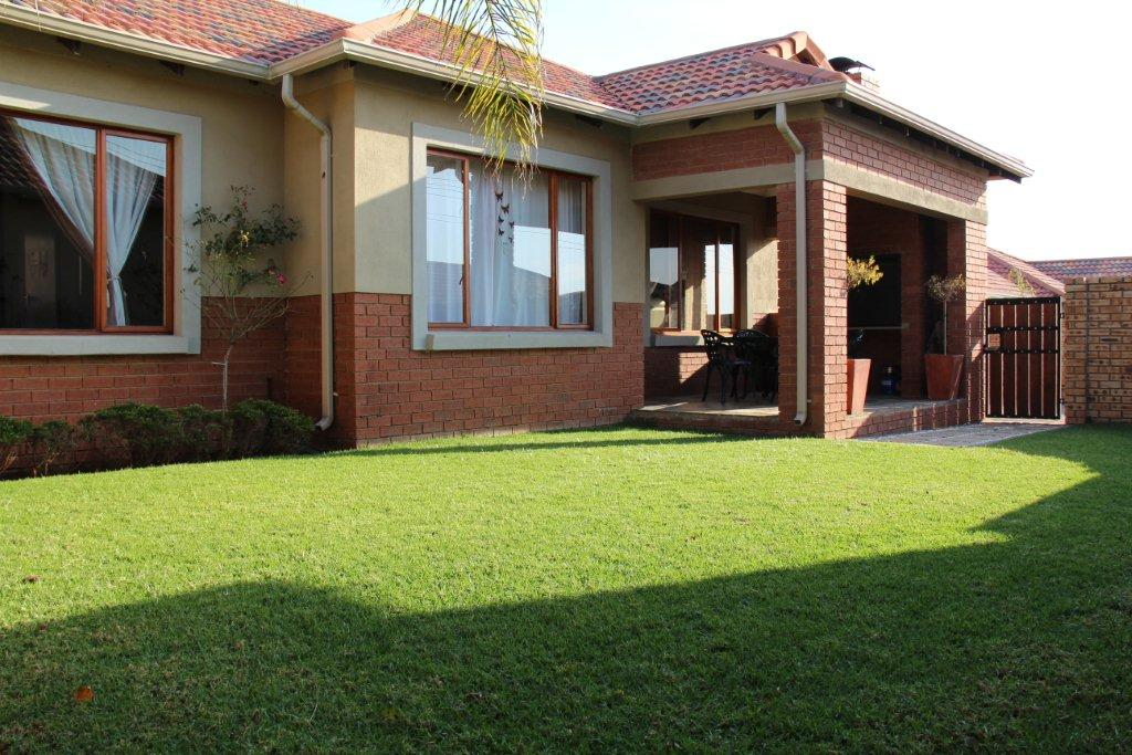 Midrand, Summerset Property  | Houses To Rent Summerset, SUMMERSET, Townhouse 3 bedrooms property to rent Price:, 14,00*