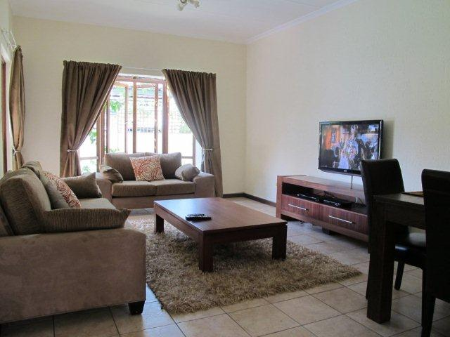 Sandton, Sunninghill Property  | Houses To Rent Sunninghill, SUNNINGHILL, Townhouse 2 bedrooms property to rent Price:, 15,00*