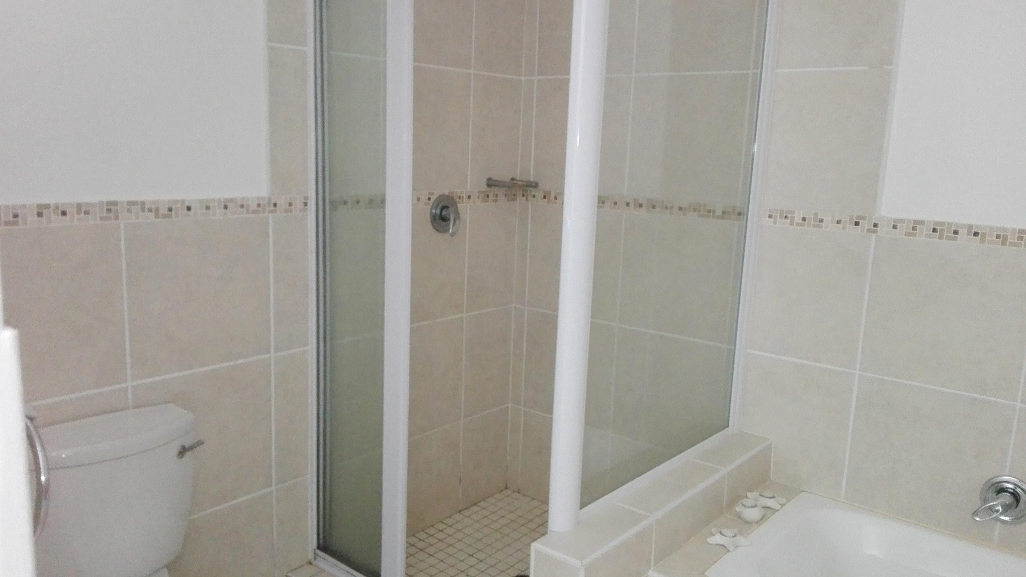 La Mercy property to rent. Ref No: 13400287. Picture no 14