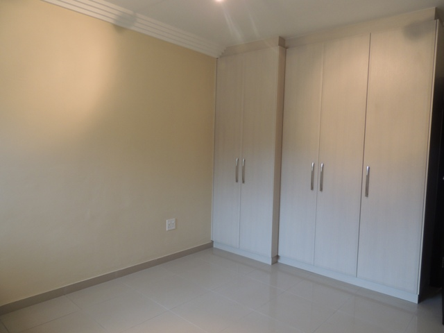 Umhlanga Rocks property to rent. Ref No: 13399950. Picture no 5