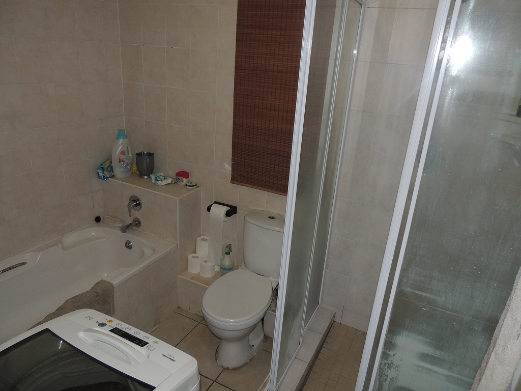 Umhlanga property to rent. Ref No: 13400356. Picture no 2
