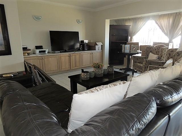 Umhlanga property to rent. Ref No: 13401446. Picture no 5