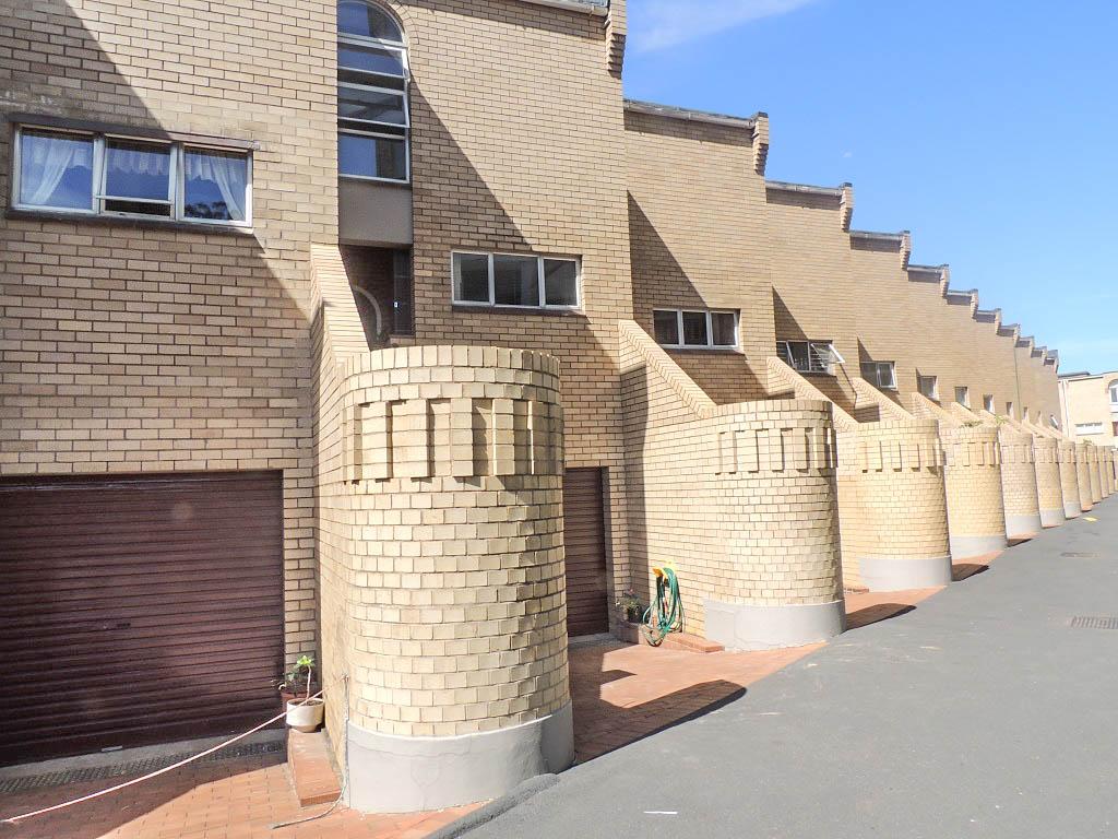 Umhlanga, Umhlanga Property    Houses To Rent Umhlanga, Umhlanga, Apartment 3 bedrooms property to rent Price:, 20,00*