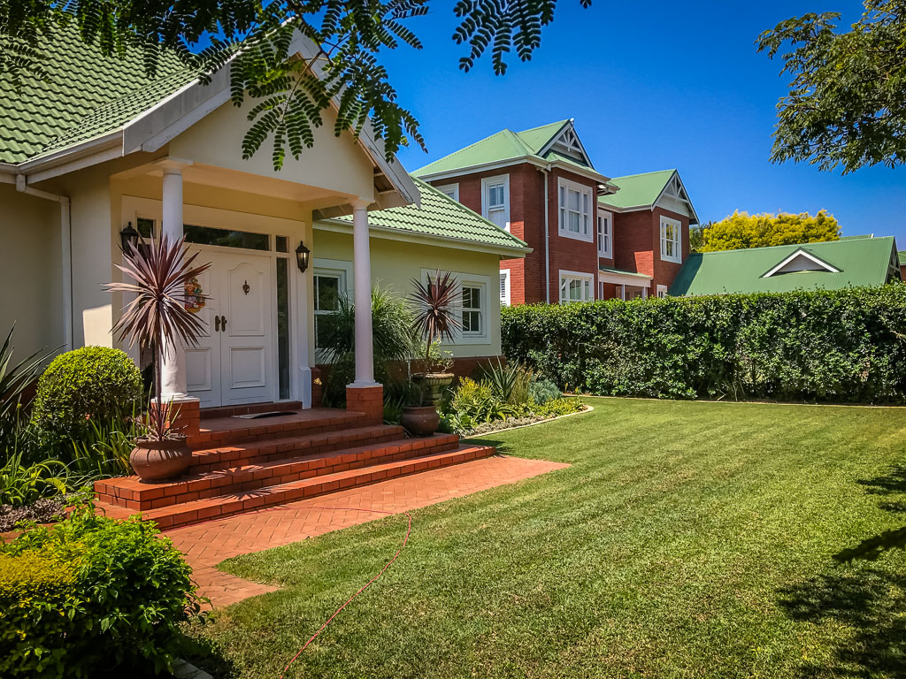 Mount Edgecombe, Mount Edgecombe Property    Houses To Rent Mount Edgecombe, MOUNT EDGECOMBE, House 4 bedrooms property to rent Price:, 35,00*