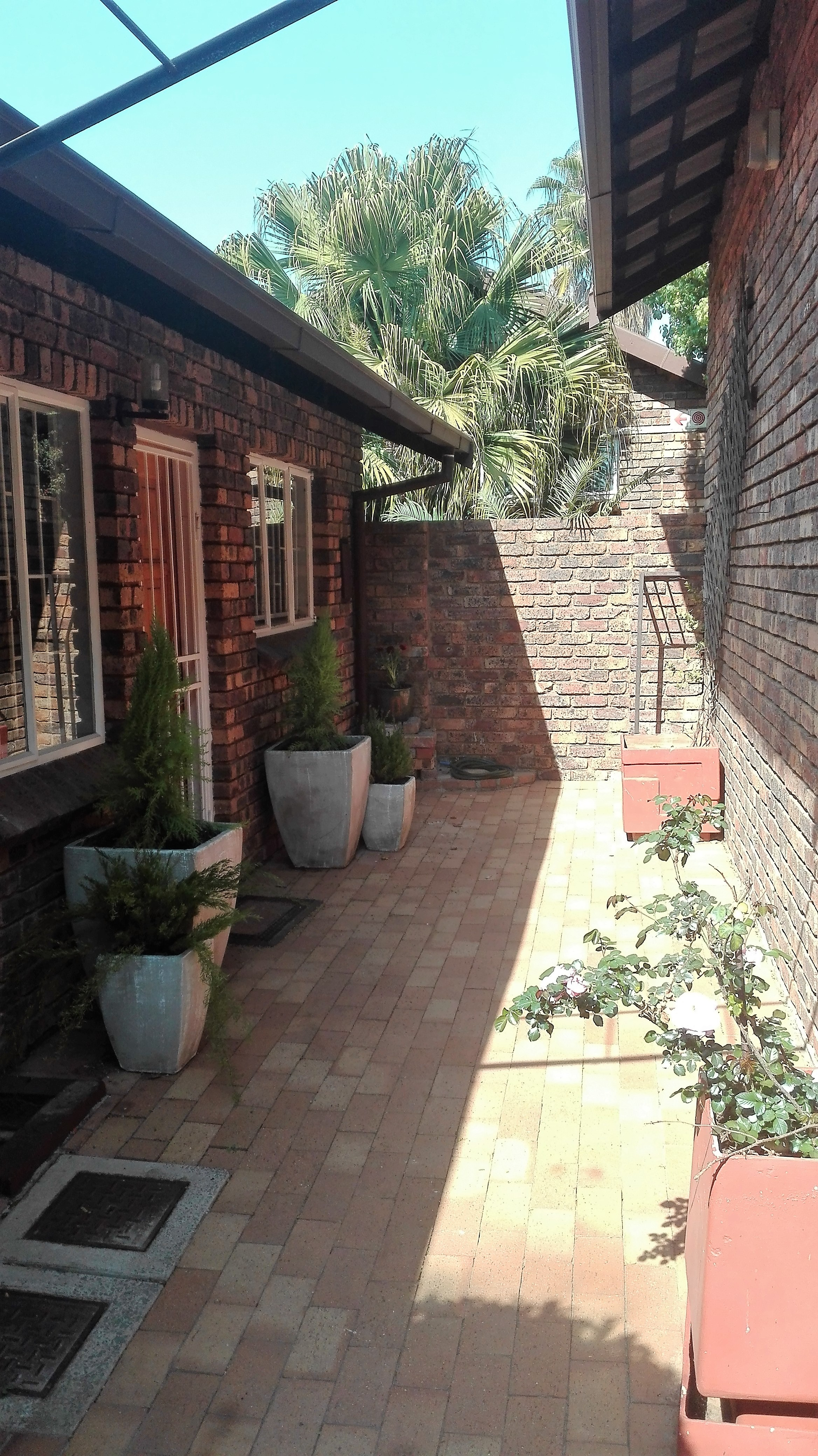 Faerie Glen property to rent. Ref No: 13383099. Picture no 2