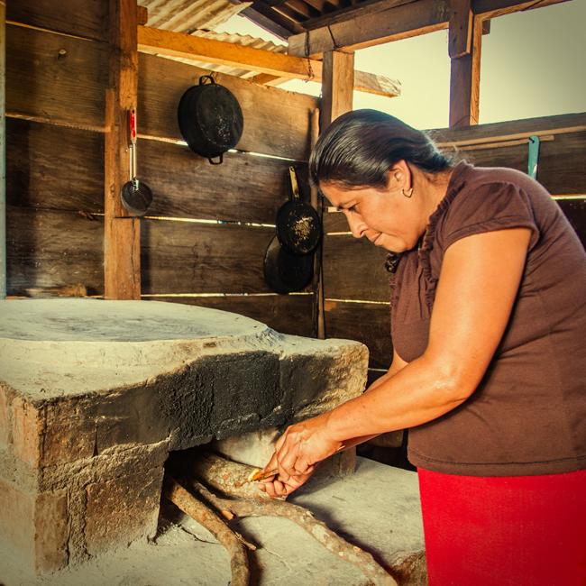 Donadora una estufa ecol gica - Como hacer una cocina de lena ...