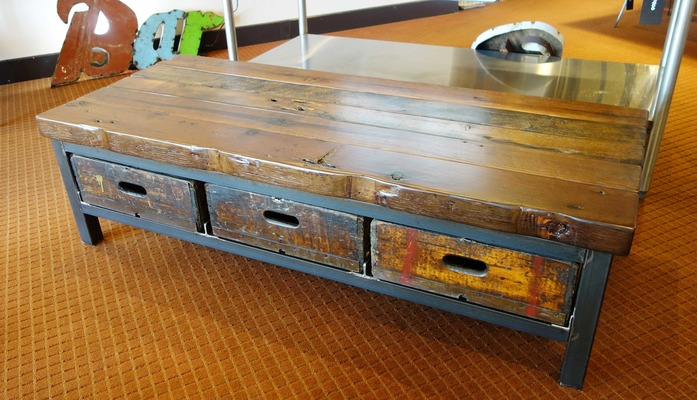 #513 Coffee Table w/ Drawers
