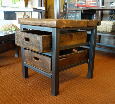 #529 Rustic End Table w/ 2x Drawers