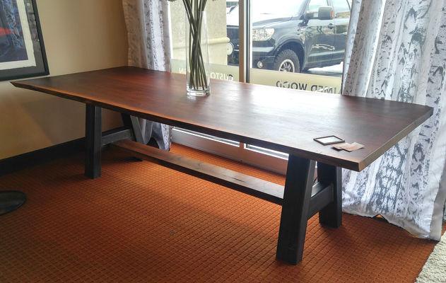 Merveilleux Walnut Slab Table