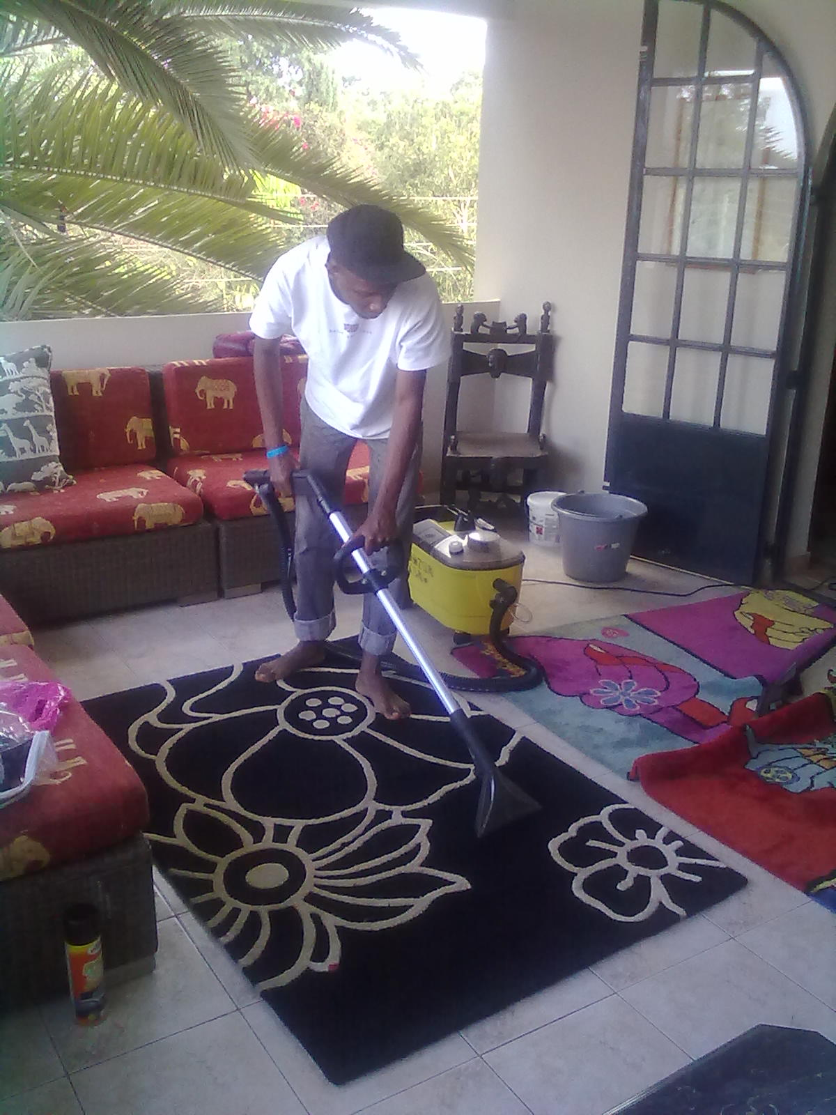 Sofa set cleaning services in nairobi refil sofa for Sofa bed nairobi
