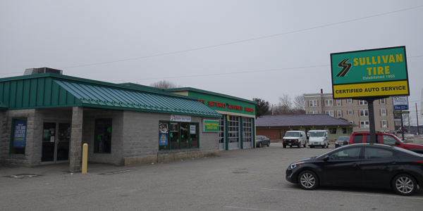 photo of the storefront
