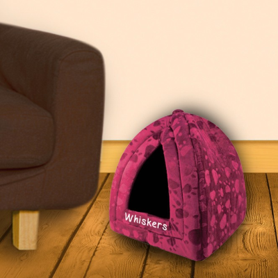 Maroon triangle pet bed..