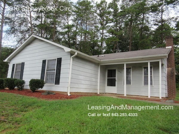 single-family home for Rent in Winston Salem