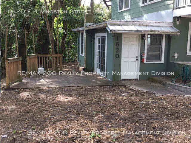 1620 E. Livingston Street LIVE MINUTES FROM LAKE EOLA / WATER INCLUDED