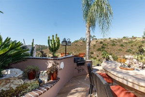 4BR 3BA Beautifully Remodeled Home in Tierrasanta - Vaulted Ceilings, Double Island in Kit, 3 Car Garage, Entertaining Backyard with Fire-pit/Views - San Diego apartments for rent - backpage.com